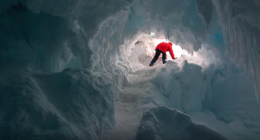 Obrázek: Antarktida je protkána teplými ledovými jeskyněmi, najdeme v nich nový život?