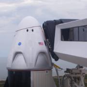 Obrázek: První start pilotované kosmické lodi od ukončení letů raketoplánů v USA byl přesunut
